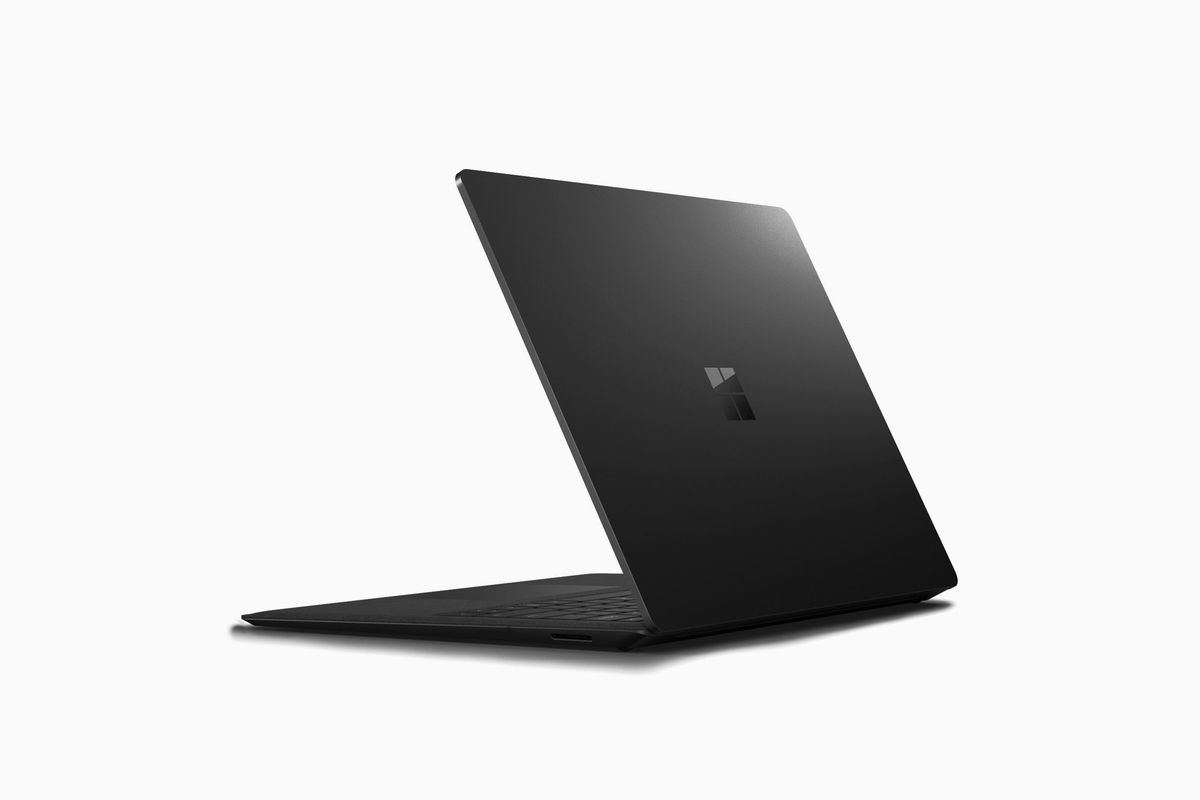 MICROSOFT SURFACE LAPTOP2 I7 8GB 256GB  -  BLACK
